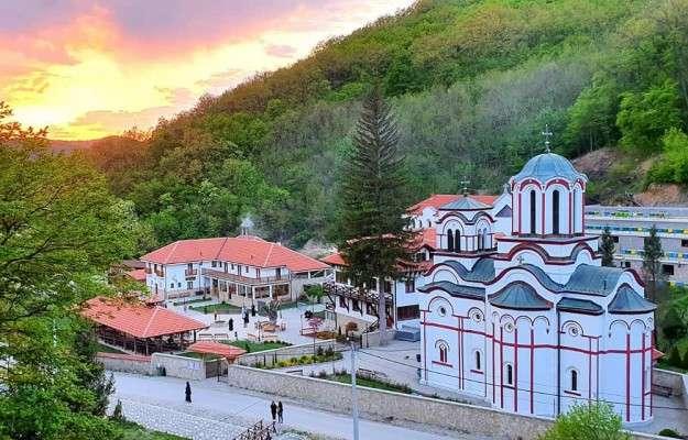 manastir-tumane_8381.jpg