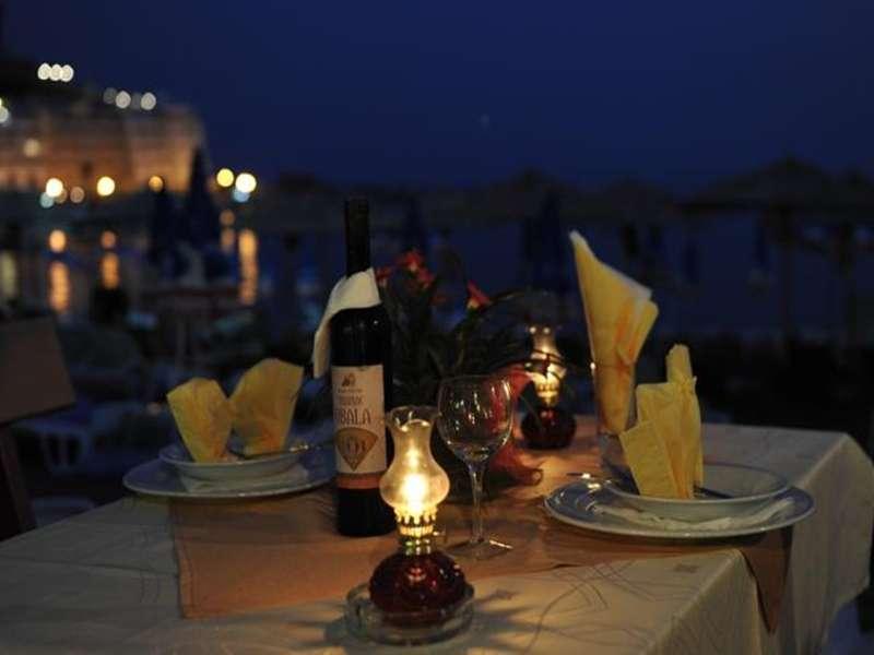 hotel-obala-rafailovici-restoran-2_4604.jpg