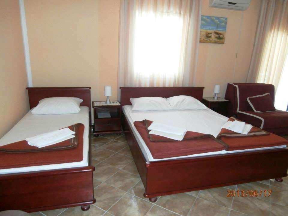hotelinnormal051_8994.jpg