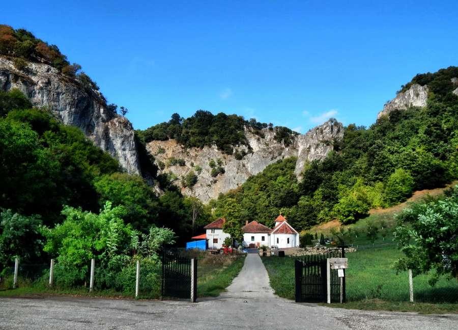 manastir-vratna-recreativa_8983.jpg
